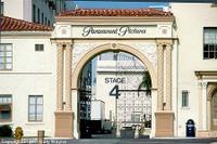 Paramount_gate